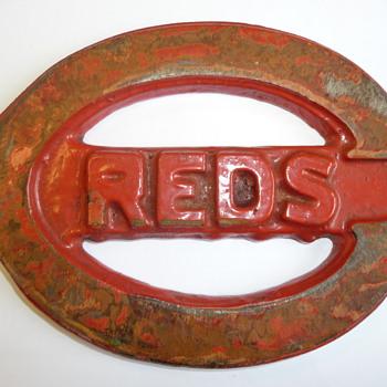 Cincinnati reds emblem - Baseball