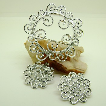 Sarah Coventry Brooch Set - Silvery Mist - Costume Jewelry
