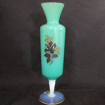 Age and Type of this Murano Green glass bud vase?