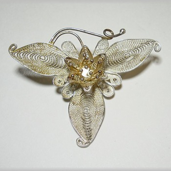 Sterling Silver Vintage Brooch -Filigree - Fine Jewelry