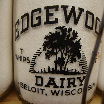 Edgewood Dairy Beloit, Wisconson Quart Baby Top Milk Bottle - Bottles