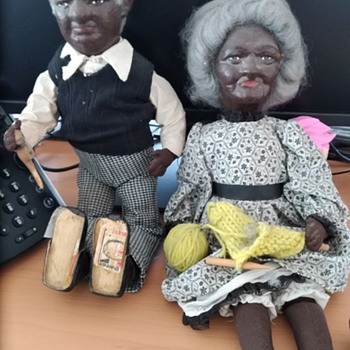 Help identifying these beauties?? ???? - Dolls