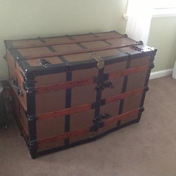 Oshkosh trunk - Furniture