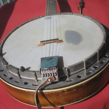 What kind of Banjo is this? - Guitars