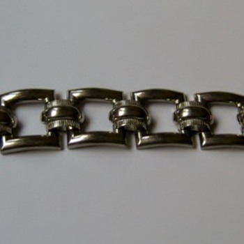 1950's Coro silvertone bracelet - Costume Jewelry