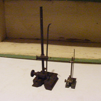 unidentified items (for measuring??) - Tools and Hardware