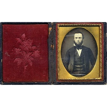 Cased 1/9-Plate Daguerreotype of Unidentified Gentleman. Early 1850s.