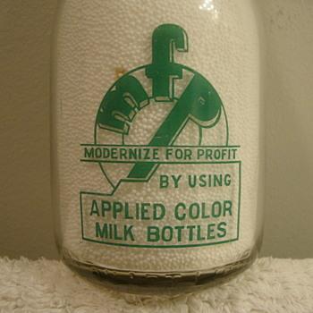 "OWENS ILLINOIS SALESMAN SAMPLE MILK BOTTLE..TOLEDO OHIO...""MODERNIZE FOR PROFIT"" - Bottles"