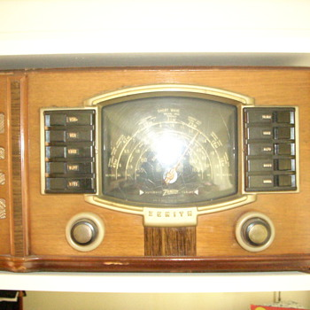 Zenith  Model #7 S 529? Shortwave Radio