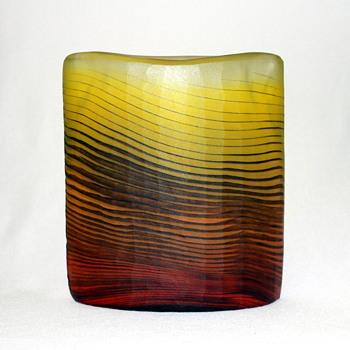 Yukio Ueno glass vase - Art Glass