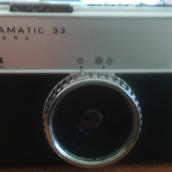 Kodak Instamatic 33 - Cameras