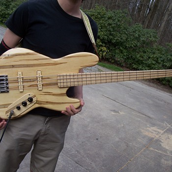 Future collectable?-- bass guitar build--Finished  - Guitars