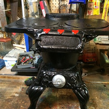 This is a monkey stove. - Kitchen