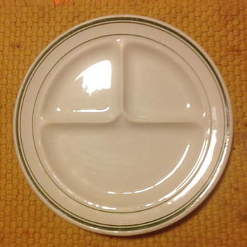 Three  Part Restaurant Diner Plate..... - China and Dinnerware