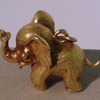 Lucky elephant charm - Animals
