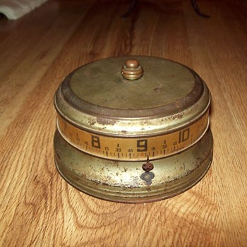 "Large Nickel Lux Annular ""Mystery Rotary"" (aka ""Tape Measure"") Clock, 1935"
