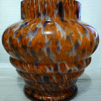 Kralik Czechoslovakian glass vase - Art Glass