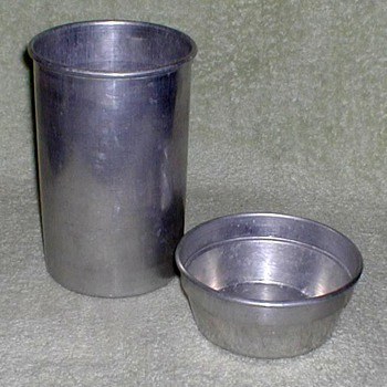 Wear-Ever Aluminum Canister - Kitchen