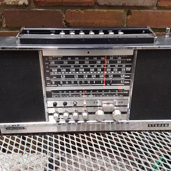 GRUNDIG CONCERT-BOY TRANSISTOR 4000 (#1) - Radios