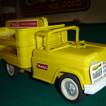 "Buddy ""L"" '60's Coca-cola truck - Coca-Cola"