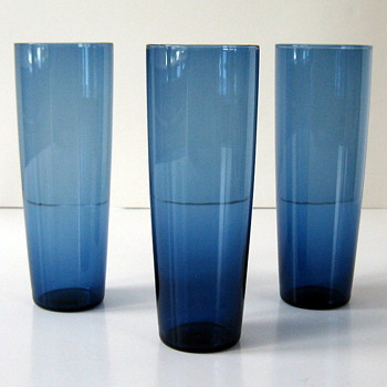 Blue glasses - Nuutajarvi? - Art Glass