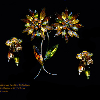 Japanned Signed Sherman Flower Brooch, Amber and Green to Almost Black - Costume Jewelry