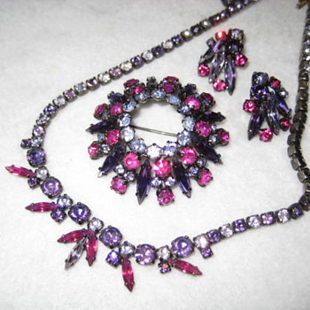 demi parure in shades of Fuchsia, Pink &  Purple by  SHERMAN - Costume Jewelry