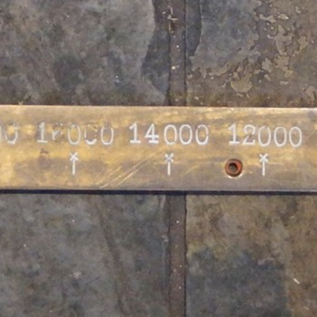 BRASS SCALE GAUGE - READS IN 2000LB INCREMENTS UP TO 28000LBS FOR DRIVE-ON VEHICLE SCALE MAYBE? - Tools and Hardware