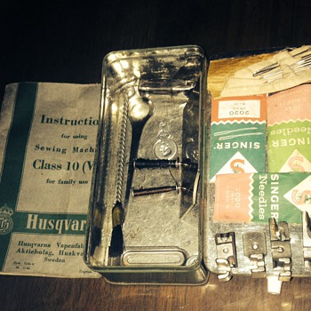 1951 Husqvarna imperial sewing accessories, tin and instruction manual