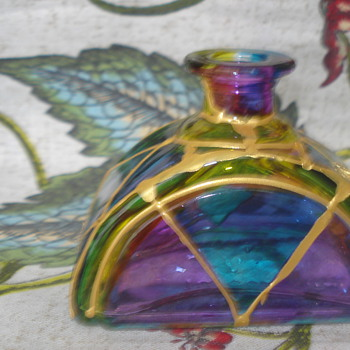 COULD THIS BE A PERFUME BOTTLE? MADE ITALY - Bottles
