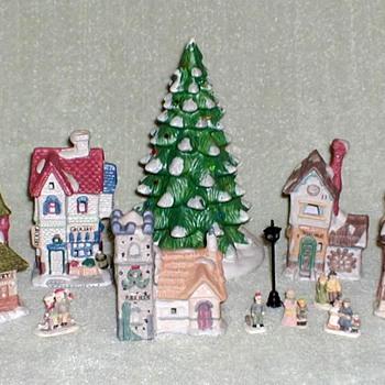 1993 - LEMAX Christmas Village - Christmas