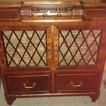 electrohome radio 1947/48 Model:218 P3-4726Z