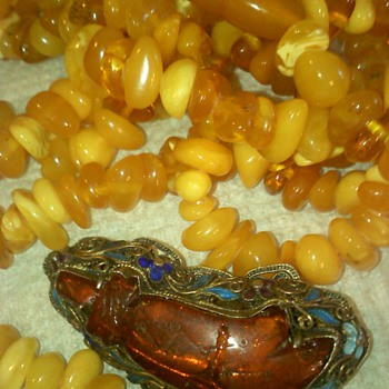 Vintage Butterscotch Amber necklace