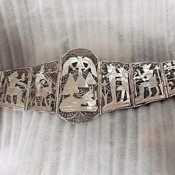 Revival story bracelet  - Costume Jewelry