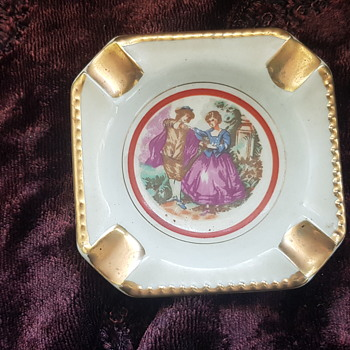 Limoges Ashtray with mystery pic underneath - Tobacciana