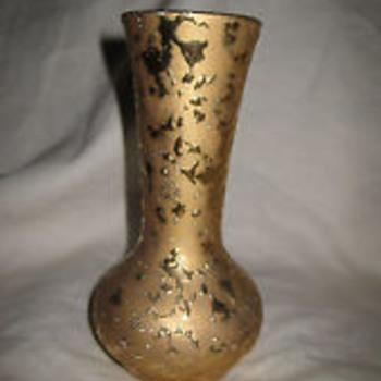 """McCoy """"Sunburst Gold"""" Vase"""