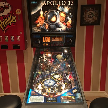 Apollo 13 Pinball Machine - Coin Operated