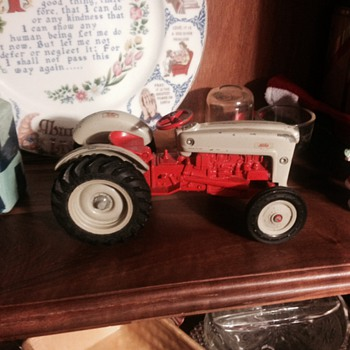 Old ford nineN play tractor