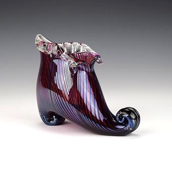 CHARLES LOTTON MINI ART GLASS SLIPPER - Art Glass