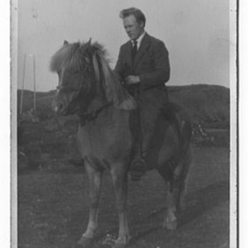 Icelandic family and their ponies from the early 1900's - Photographs