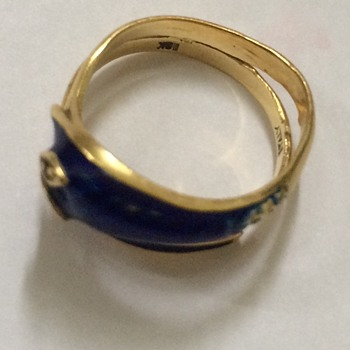 Antique Gold and Enamel Snake Ring