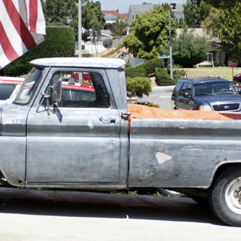 1965 Chevrolet Pick-up - Classic Cars