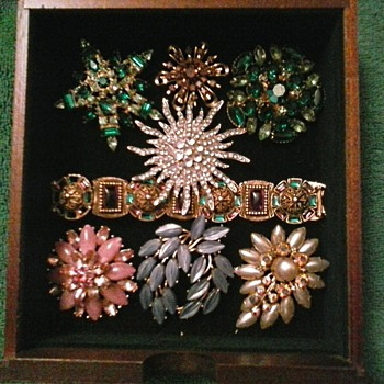 Drawer Six Complete ! ...High Boy Jewelry Chest Part Three - Costume Jewelry