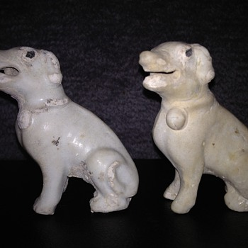Blanc de Chine Chinese Dogs ---circa 1730