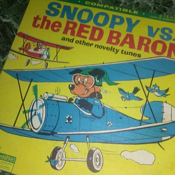 Snoopy And The Red Baron...On 33 1/3 RPM Vinyl - Advertising