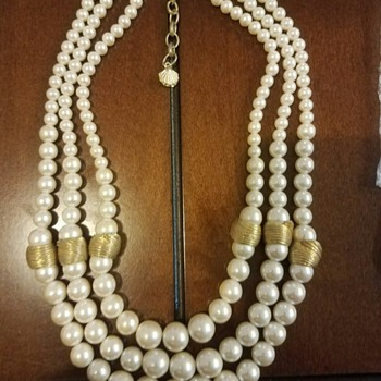 Elegant Triple Strand Faux Pearl and Gold Tone necklace by RICHELIEU - Costume Jewelry