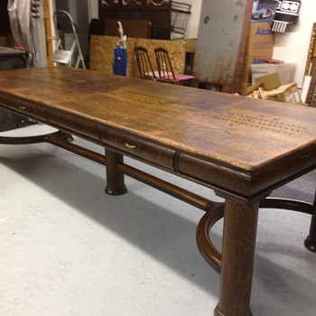 Identify this great 10' table