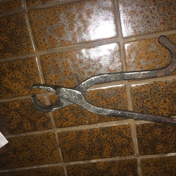 What is this for?  Found in an old drainage ditch - Tools and Hardware