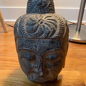 Old stone buddhist statue... any idea how old or from which country? - Asian