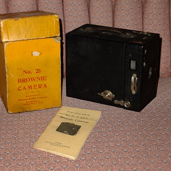 Kodak Box Brownie with Box & Instructions